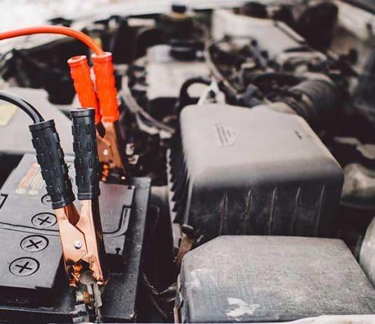 Comment recharger une batterie de voiture